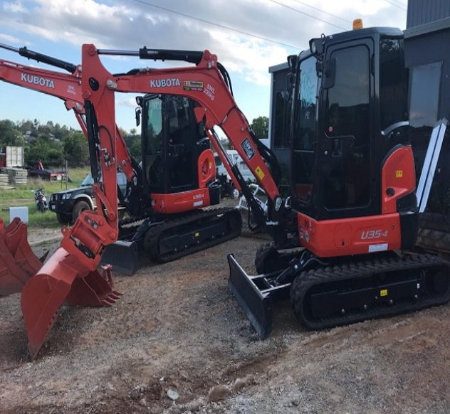 KUBOTA 35-4 for hire